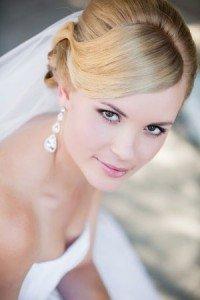 Short wedding day hairstyle Monaco Salon Tampa