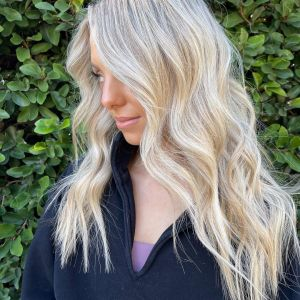 platinum-blonde-hair-color-tampa-monaco