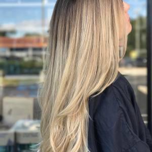 blonde-balayage-technique-monaco-salon